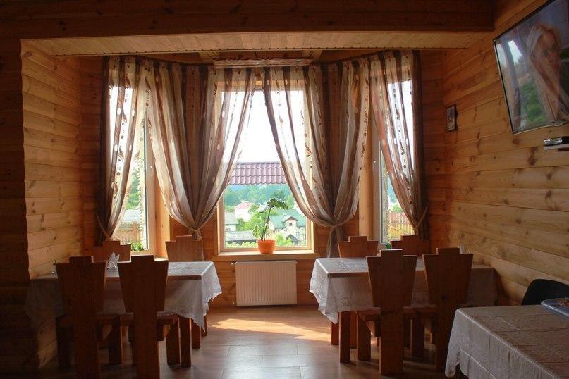 Готель Під лісом Східниця фото